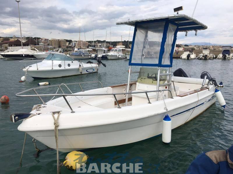 Saver 540 open id 2467 usato in vendita for Barche al largo con cabine