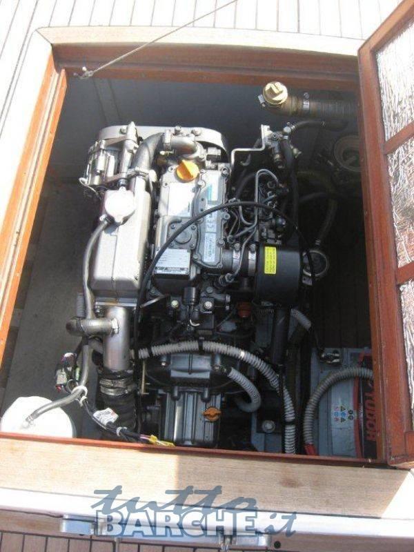 Gozzo ligure id 1192 usato in vendita for Gozzo motore entrobordo