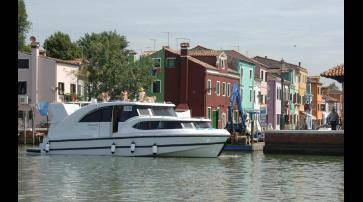 Houseboat Minuetto 45