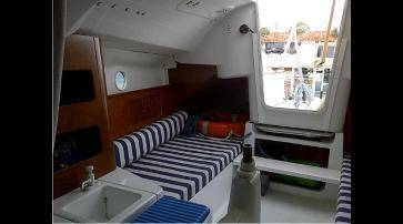 First 211 - Beneteau (France) anno 2002