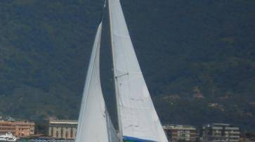 Hunter Marine 27