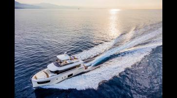 Absolute Yachts Navetta 52