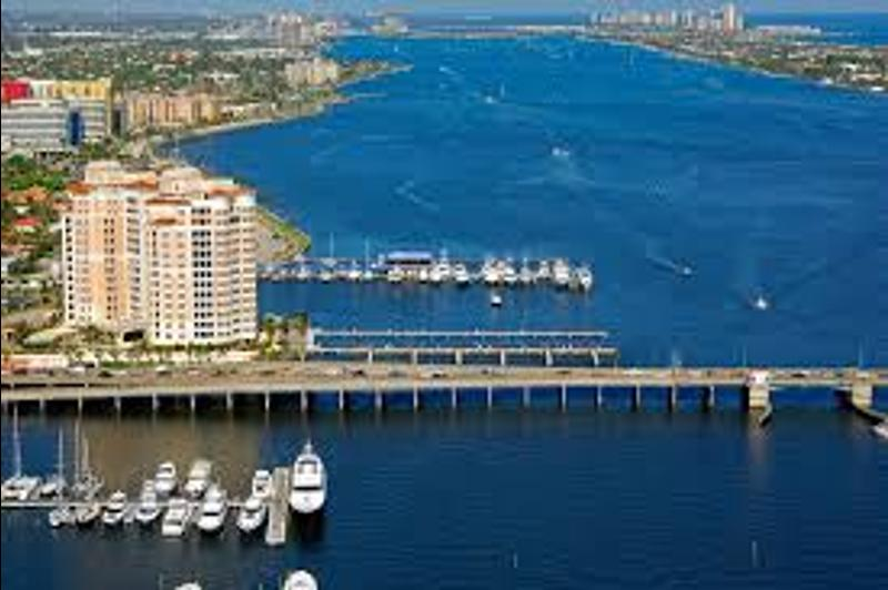 1555056149525_Palm_Beach_Yacht_Club___Marina_2.jpeg