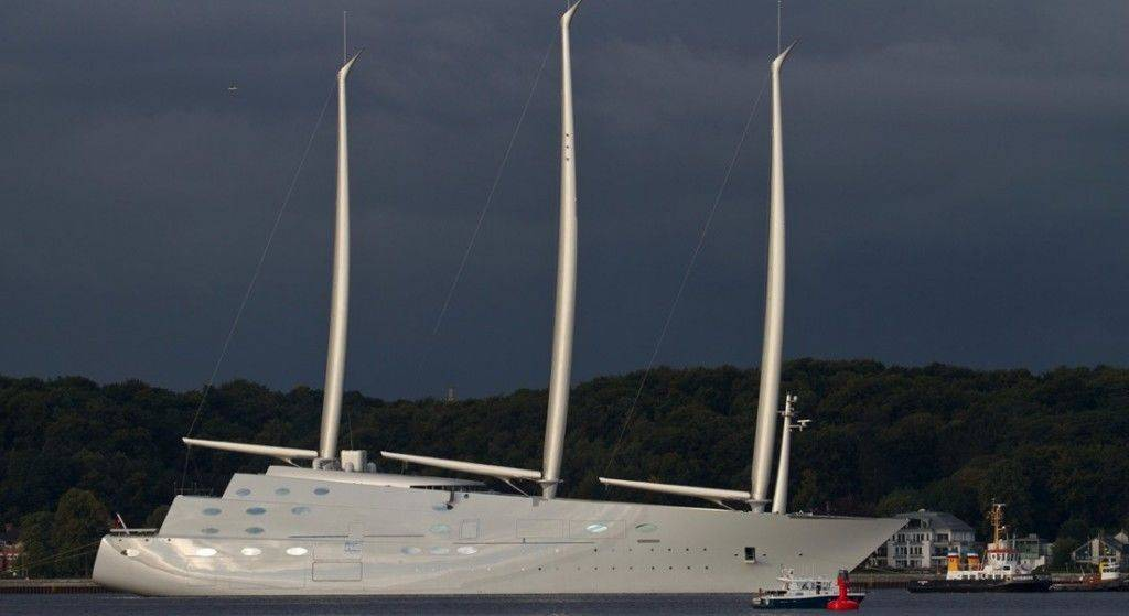 sailing-yacht-A-Andreas-Jens-TheYachtPhoto