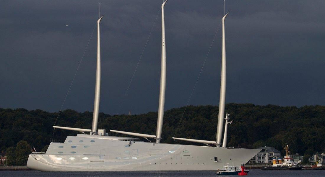 La barca a vela più grande – e più brutta – al mondo