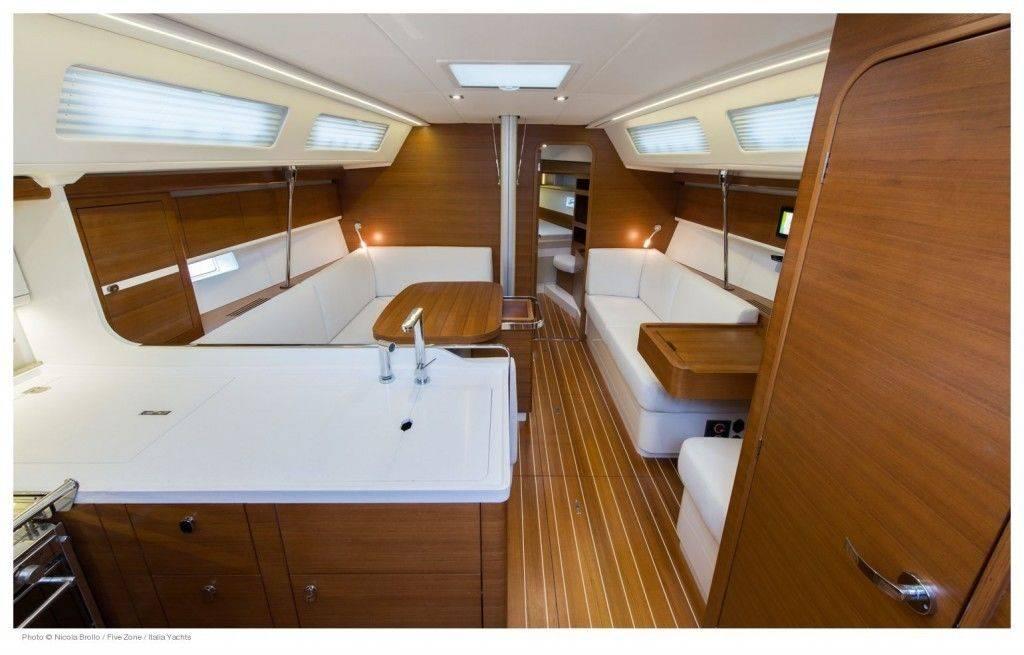 Italia-12_98-interior-1-1024x655