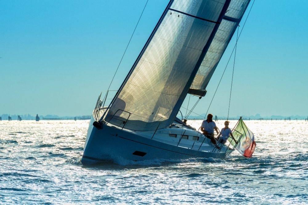 Italia 12.98, un vero cruiser/racer
