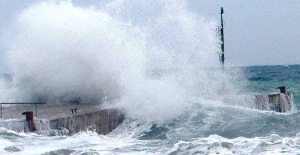Tempesta, è questione di ore. I fenomeni più forti fra Liguria e Versilia