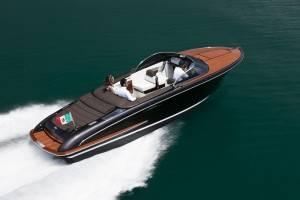 Riva-Iseo-Yacht