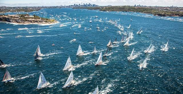 Sydney-Hobart incontro alla burrasca