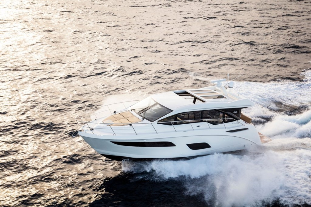 sea Ray - sundancer 450