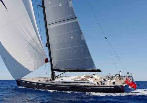 SHAMANNA ASTONISHES AT MONACO BOAT SHOW WITH HER MAJESTIC CARBON MAST