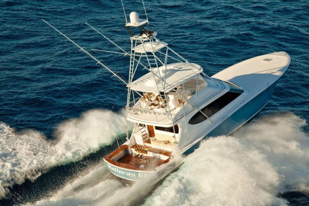 Hatteras yachts 70 Enclosed Bridge navigazione