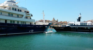 collisioni in mare tra due megayacht
