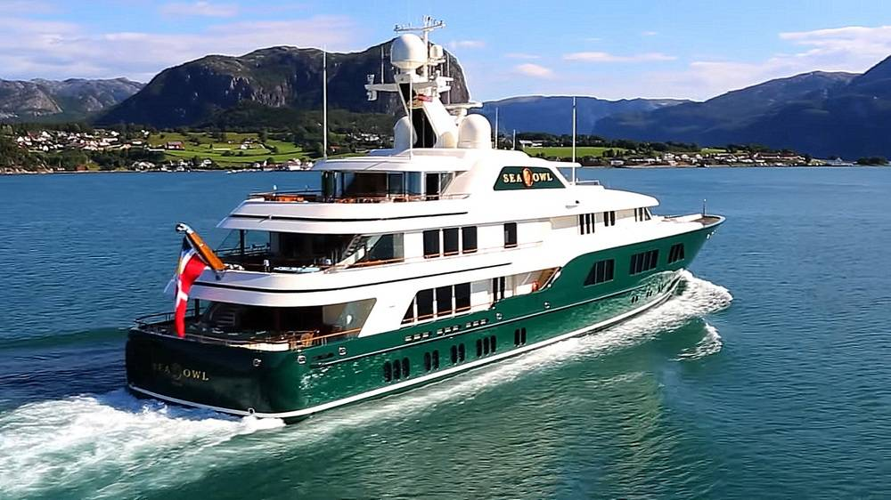 Yachts Suggest Trump 39 S Ties With Russia