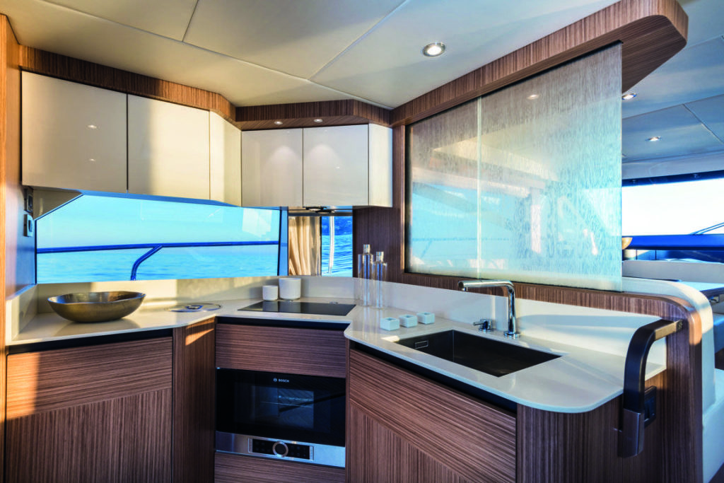 Absolute Yachts 50 Fly, cucina