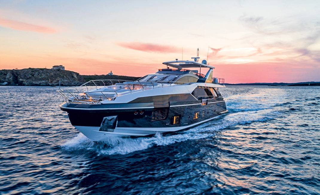 Azimut Yachts presenta a Cannes il suo poker d'assi
