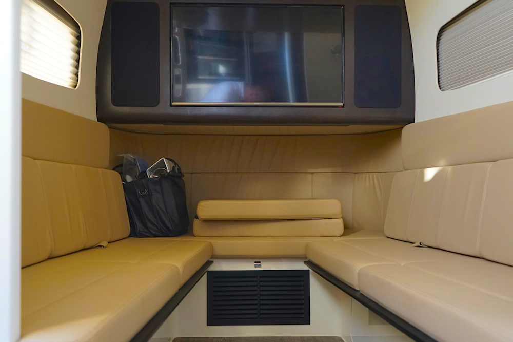 Dinette Scout 380 LXF