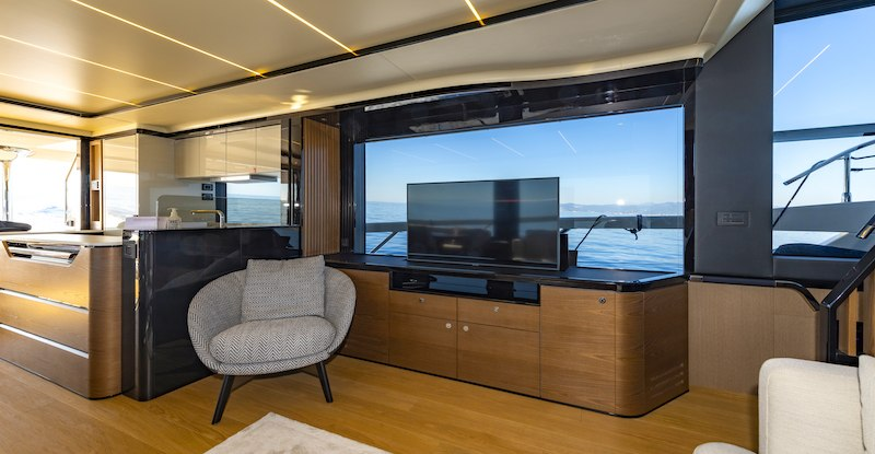 Absolute Navetta 64 mobile tv
