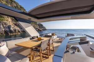 navetta 64 best boats flybridge