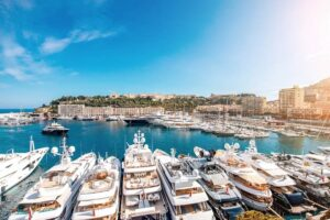 letyourboat triscovery superyachts